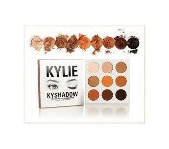 Kylie Make UP - 42€ Fard à Paupière Gratuit !